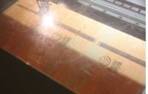 cara menggunakan laser cutting sangat baik
